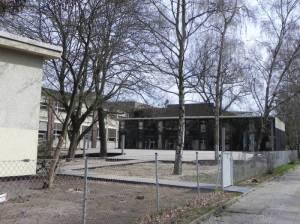 Grundschule auf dem Tempelhofer Feld (2011) Grundschule auf dem Tempelhofer Feld, Tempelhof