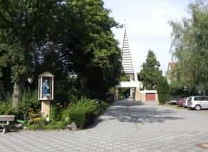 St. Joseph Kirche (2011) St. Joseph Kirche, Berlin-Rudow,