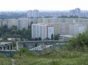 Hochhaussiedlung am Glambecker Ring (2012) Marzahn, Plattenbausiedlungen, Wuhletal, Gärten der Welt, Marzahner Mühle