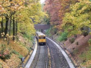 Siebenendenweg, Brücke über die U-Bahn-Linie 3 (2012) Siebenendenweg, Berlin-Zehlendorf, Fischtalpark, Grunewald, Krumme Lanke