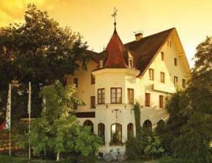 Landgasthof Deutsche Eiche, Ranertstr. 1, 81249 Munich