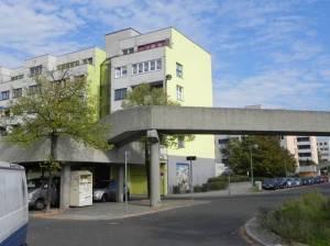 High-Deck-Siedlung, Fritzi-Massary-Straße (2011) High-Deck-Siedlung, Berlin-Neukölln, Gartenkulturpfad Neukölln