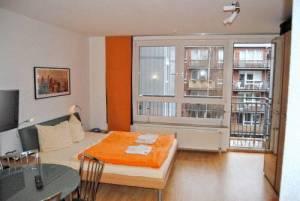 Business Apartment, Erich-Weinert-Str. 143, 10409 Berlin