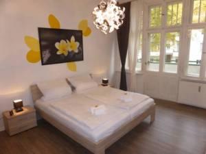 Apartments Dahlie & Nelke, Manteuffelstr.17.2, 12203 Berlin