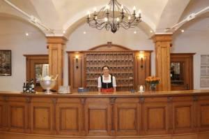 Hotel Obermaier, Truderinger Straße 304b, 81825 Munich