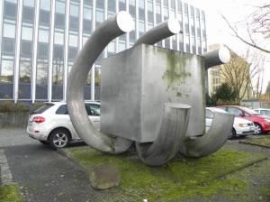 Großer Würfel, Berlin-Dahlem, Friedrich-Meinecke-Institut