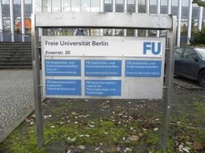 Friedrich-Meinecke-Institut (2013) Friedrich-Meinecke-Institut, Berlin-Dahlem, Freie Universität Berlin, Großer Würfel