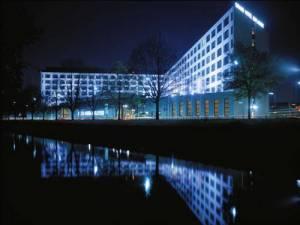 Grand Hotel Esplanade Berlin, Lützowufer 15, 10785 Berlin