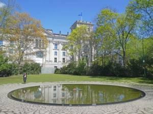 Denkmal für die im Nationalsozialismus ermordeten Sinti und Roma Europas, Großer Tiergarten, Sowjetisches Ehrenmal, Reichstag, Brandenburger Tor