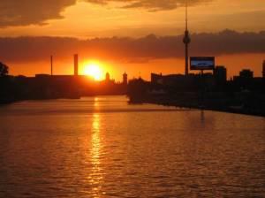 Sonnenuntergang an der Oberbaumbrücke (2008) Sonnenuntergang, Berlin-Friedrichshain, Oberbaumbrücke, Spree