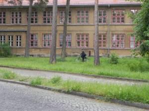 Wilskistraße, Zinnowald-Grundschule (2014) Wilskistraße, Berlin-Zehlendorf, Zinnowwald-Schule, Krumme Lanke Grunewald
