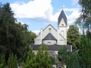 Kaiser-Wilhelm-Gedächtnis-Friedhof, Friedhofskapelle (2014) Kaiser-Wilhelm-Gedächtnis-Friedhof, Berlin-Westend, Henny Porten, Friedrich Spielhagen, Familie Lemm