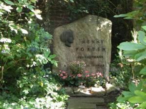 Grabstätte von Henny Porten (2014) Henny Porten, Friedhof der Kaiser Wilhelm-Gedächtnis-Gemeinde