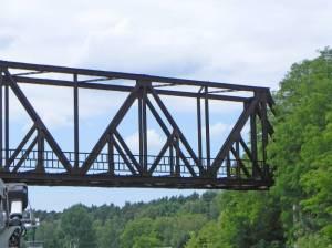 Brücke der ehemaligen Friedhofsbahn (2014) Brücke der Friedhofsbahn, Stahnsdorf, Teltowkanal