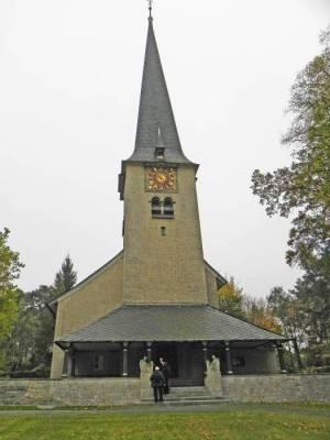 Kirche Nikolassee (2014) Kirchengemeinde Nikolassee, Friedhof Nikolassee, Rehwiese
