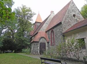 Dorfkirche Britz (2014) Dorfkirche Britz, Berlin-Britz, Britzer Kirchteich, Schloss Britz, Gutspark