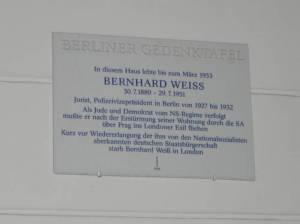 Gedenktafel Bernhard Weiß (2011) Bernhard Weiß, Berlin-Charlottenburg,