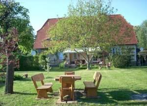 Ferienwohnung Marienkäfer, Wulkower Dorfstraße 44, 15326 Wulkow