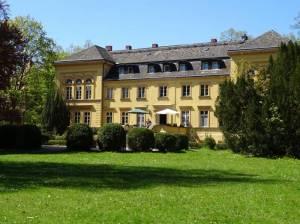 Gutshaus Lichterfelde (2016) Gutshaus Lichterfelde, Schlosspark Lichterfelde, Klinikum Steglitz, Teltowkanal