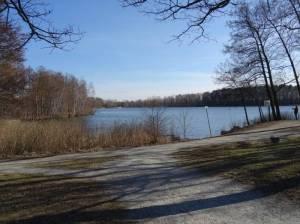 Rundwanderweg um den Neuen See (2018) Rundweg um den Neuen See, Badestelle, Liegewiese, Spielplatz
