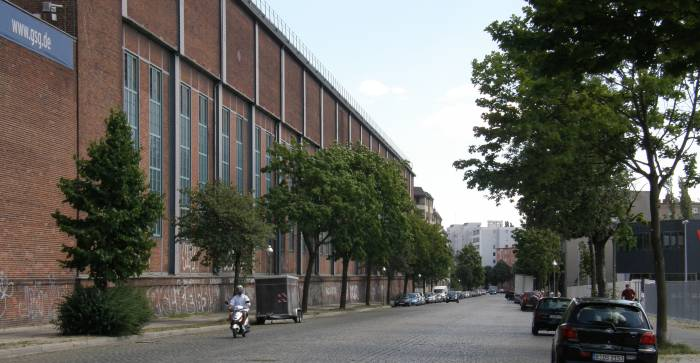hussitenstra e berlin wedding gedenkst tte berliner mauer kapelle der vers hnung stra e platz. Black Bedroom Furniture Sets. Home Design Ideas