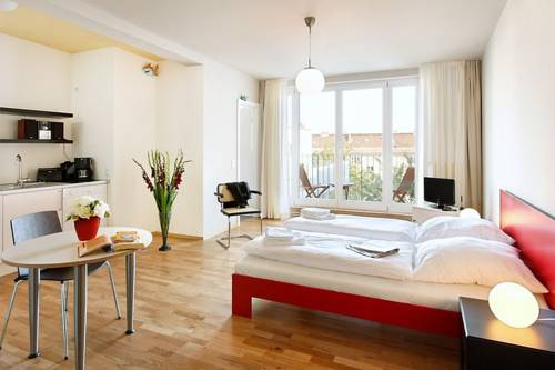 pfefferbett apartments choriner stra e 37 10435 berlin hostel pension. Black Bedroom Furniture Sets. Home Design Ideas